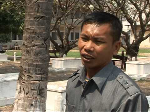 'Ghosts' of the Khmer Rouge haunt Cambodia