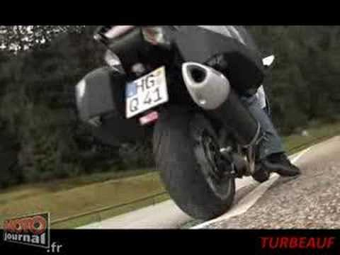 Kawasaki s GTR1400 First Crash Caught On Film