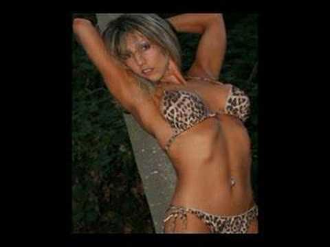 Bikini Fitness Women - Mujeres del Fitness en Bikini Video