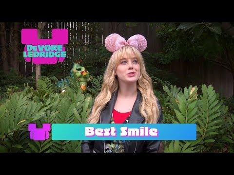 Bizaardvark Cast Gives Each Other ARDYs   Radio Disney Music Awards