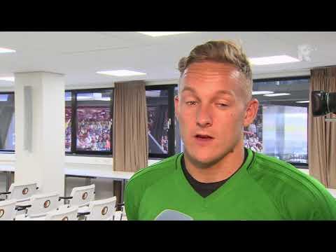 Jens Toornstra in gesprek met verslaggever Sinclair Bischop