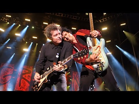 Green Day - 2000 Light Years Away – Live in Oakland MP3