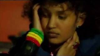 Sayat Demissie - Hasabun Mesreke (Ethiopian Music)