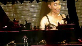 Nicki Minaj - The Pinkprint Tour - Live in Paris [DVD]