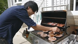 Jun decorates for 4th of July + tries an American grill!