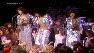 Watch Three Degrees Giving Up Giving In video