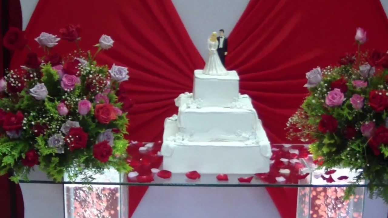 Mesa de bolo para locaç u00e3o casamento e 15 anos YouTube -> Decoração De Casamento Simples Com Tnt Vermelho E Branco