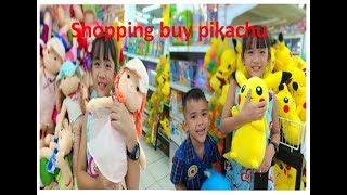 Đi siêu thị mua Pikachu và búp bê -Shopping buy Pitachu and Doll-Thỏ Hồng Trần Gia