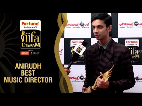 Anirudh Singing Aathi Ena Nee Song   Kaththi Tamil Movie   Best Music Director   IIFA Utsavam