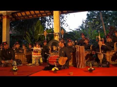 GAMELAN and MUSIC for Cremation Ceremony in UBUD Bali