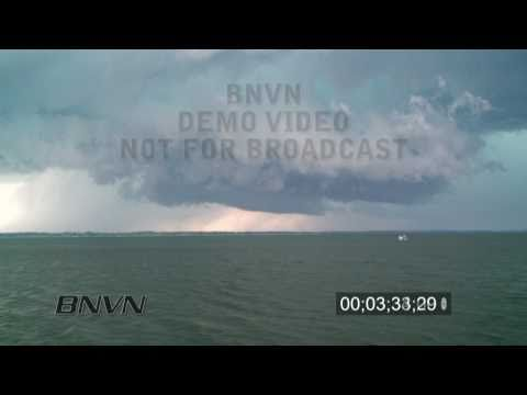 7/17/2010 Extreme Hail Storm and wall cloud video