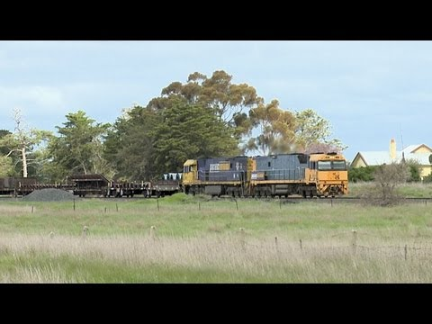 Pacific National Steel Train Near Cressy - PoathTV Australian Railways, Railroads & Trains