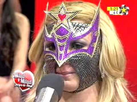 Luchadora llora (Sexy Star Wrestler)