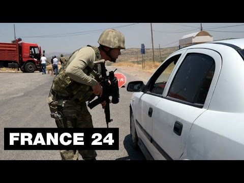 Turkey: at least 16 soldiers killed in PKK bomb attack