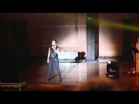 Sunidhi Chauhan Live in KL March 2014 - Kamli