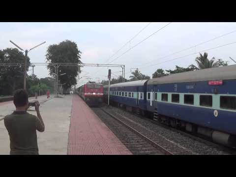 1.12277 Howrah - Puri Shatabdi Express with Duronto Express Coaches overtaking Another Train with 22537 Wap4 santragachi 2.18030 Shalimar-Mumbai LTT [Kurla] ...
