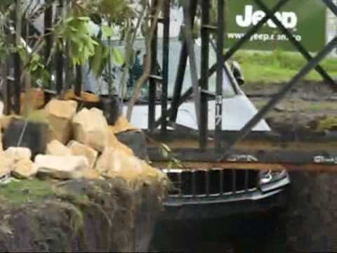 JEEP Grand cherokee amazing all wheel drive! in festival 4x4 Video