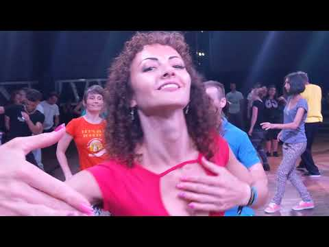 UZC2018: workshop demo Anastasia & Reda plus with all students ~ Zouk Soul