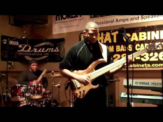 David Dyson & Damian Erskine at Bass Bash NAMM 2010