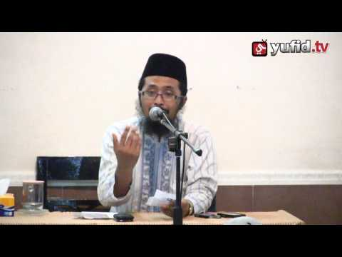 Tanya Jawab Hukum Memakai Software Bajakan - Ustadz Dr. Muhammad Arifin Badri
