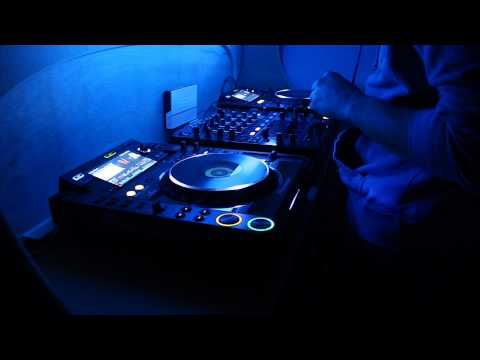 DJ VmaX in the Mix 27/12/2010
