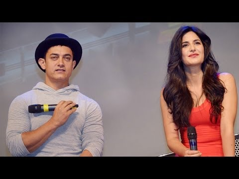 Aamir Khan And Katrina Kaif Unveiled Dhoom 3 Celebrity Dolls By Mattel Toys video