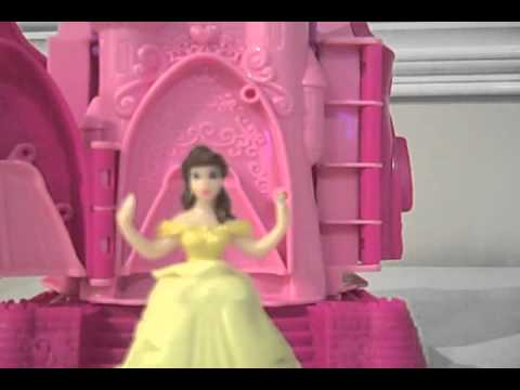 Play Doh Disney Prettiest Princess Castle with Princess Belle. Cinderella. and Rapunzel Playset