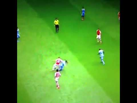 Jack Wilshere vs Samir Nasri Wilshere was outstanding today, you can't slate him for