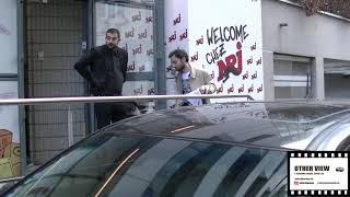 """Adam Levine  leader  """" Maroon5""""  in the radio program """"Cauet""""  NRJ"""