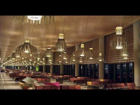 Mumbai's New Airport Terminal -T2 . Amitabh Bachan