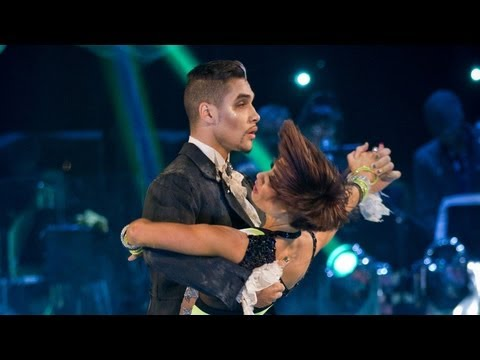 More information about this programme: http://www.bbc.co.uk/strictly Louis Smith and Flavia Cacace dance the Tango to 'Disturbia'.