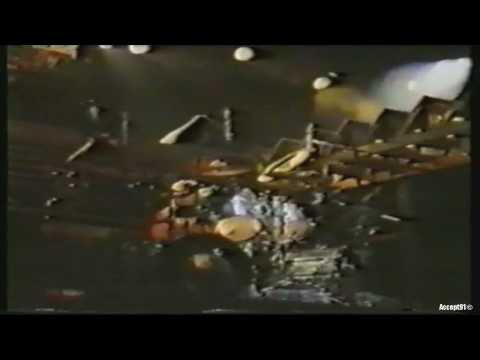 Skid Row - Slave to the Grind (Live at Budokan Hall 1992) HD