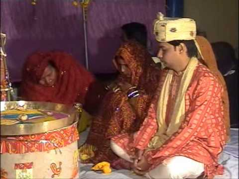 Babul Ki Duayen Leti Ja Ja Tujhko Sukhi Sansar Mile- Female...