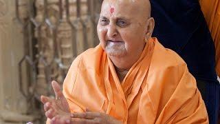 Guruhari Darshan 8 Oct 2014, Sarangpur, India