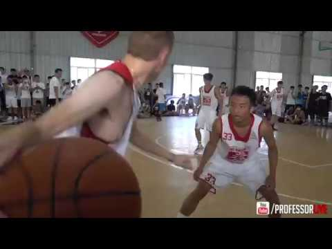The Professor wows crowd in Xiamen, China #GlobalHooper Exhibition