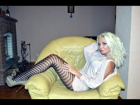 Sexy Girls in Pantyhose, High Heels & Short Skirts thumbnail