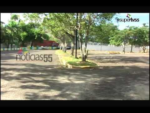 Historiador denuncia cercan Plaza Héroes de la Restauración.-