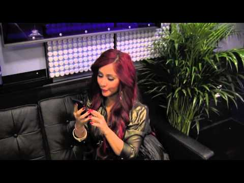 Snooki & JWoww's Guide to Selfies