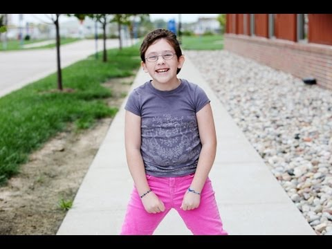 http://www.cincinnatichildrens.org/service/c/spina-bifida/default/ Amelia Murphy was born with spina bifida, a birth defect that affects the spinal column. S...