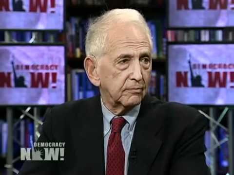 Pentagon Whistleblower Daniel Ellsberg on Wikileaks Iraq War Docs (Part 2 of 2)