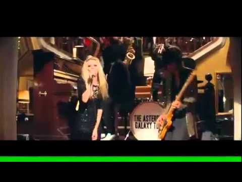 Heineken Commercial 2011 (Version completa) The Asteroids Galaxy Tour