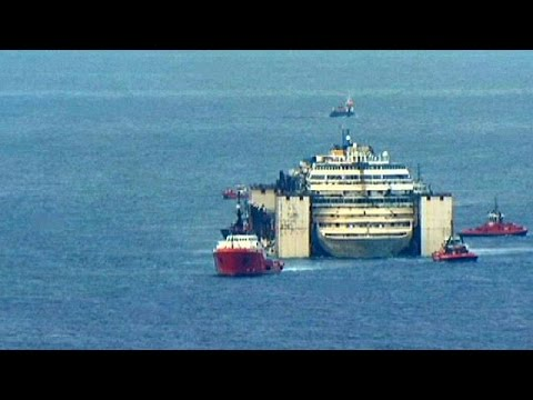 Costa Concordia nears final resting place