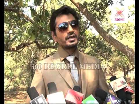 Nawazuddin Says He Has Five To Sex Movies In 2013- 'black Currency' Launch video