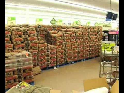 World's Largest Potato Display