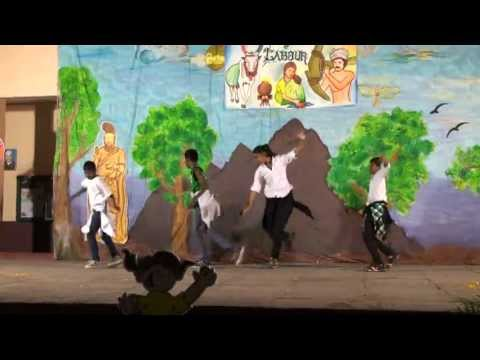 Dance Ringa Ringa & Kolaveri -pongal 2012, Pune video