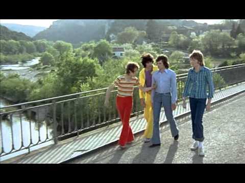 Сумасшедшие на стадионе / Les fous du stade (1972) DVDRip