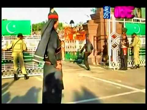 Pakistani Parade Wagha Border 14 August 2011 video