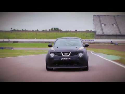 Nissan Juke R v Suzuki GSX-R1000 John Reynolds