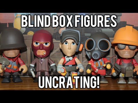 TF2 Unboxing 12 Portable Merc Blind Box Vinyls (Rare Golden Engineer & Cloaked Spy!) // demize