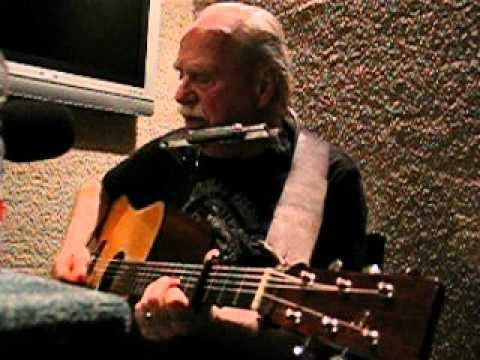Music video Bob martin - My father he painted houses - Music Video Muzikoo